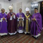 1 Pe. Francisco, Dom Angelo, Pe Pablo, Dom Vasconcelos, Pe Sérgio (CAPA)